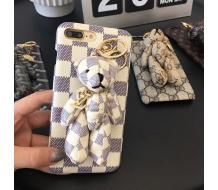 Луксозен гръб за IPhone 7, Iphone 8, Louis Vuitton Bear